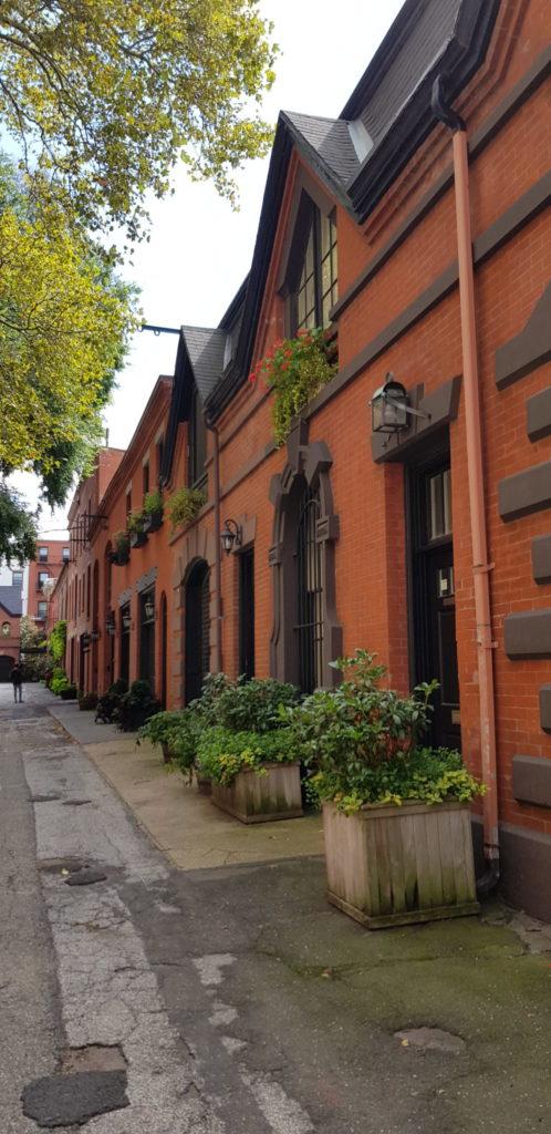 Grace Court Alley, Brooklyn Heights, NYC, Elisa N Diseño de Viajes