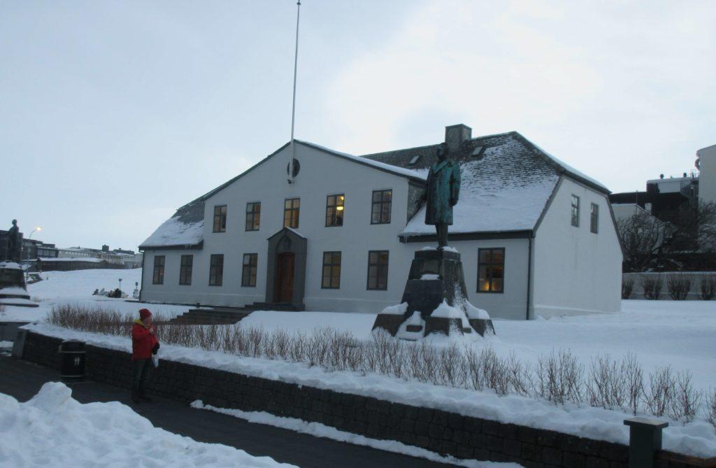 Stjornarradid, oficina del primer ministro y sede del Gobierno de Islandia
