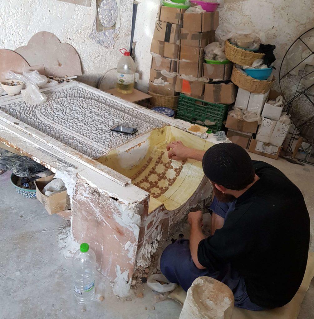 Fábrica de cerámicas y venecitas en Fez