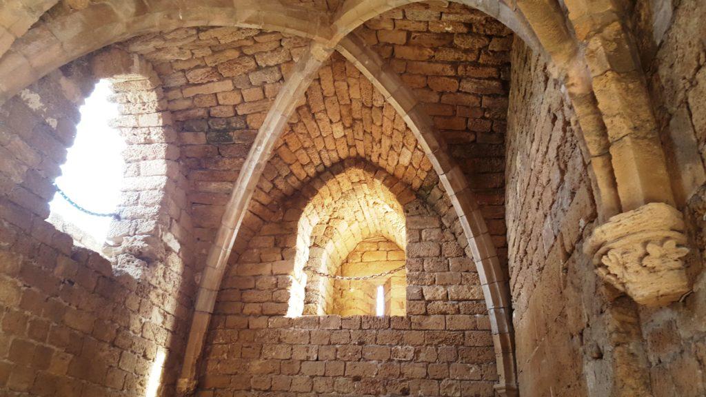 Interior del Palacio de Cesarea Marítima en Israel