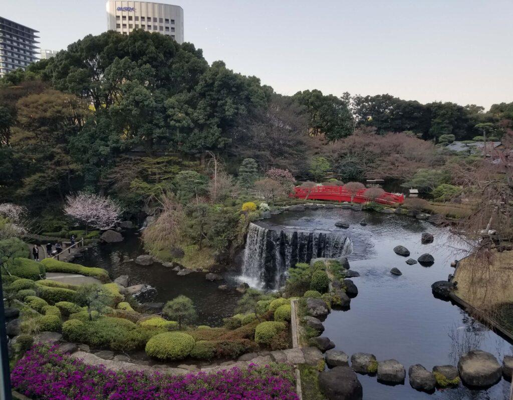 Jardín japonés Red Rose del Hotel New Otani Tokyo Garden