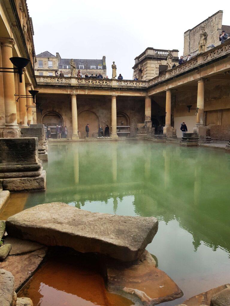 Piscina Central. Termas romanas de Bath, Inglaterra