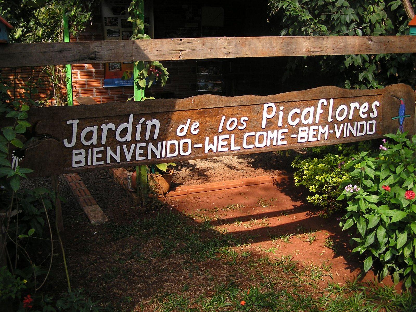 Jardín de los picaflores en Puerto Iguazú