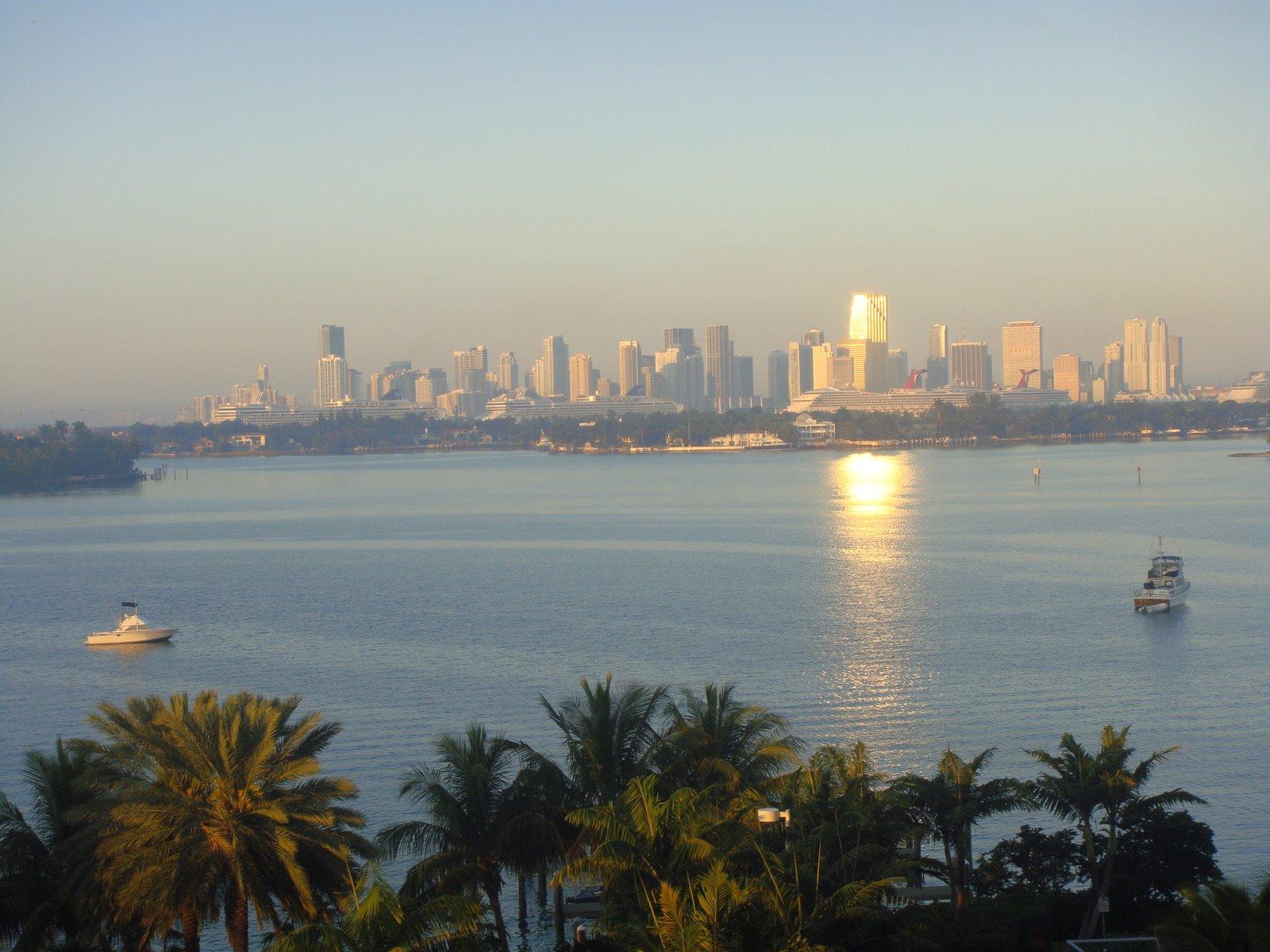Lee más sobre el artículo Panorama desde SoBe al Bayside