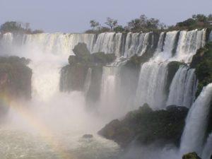 Cataratas del Iguazú, maravilla natural en Argentina