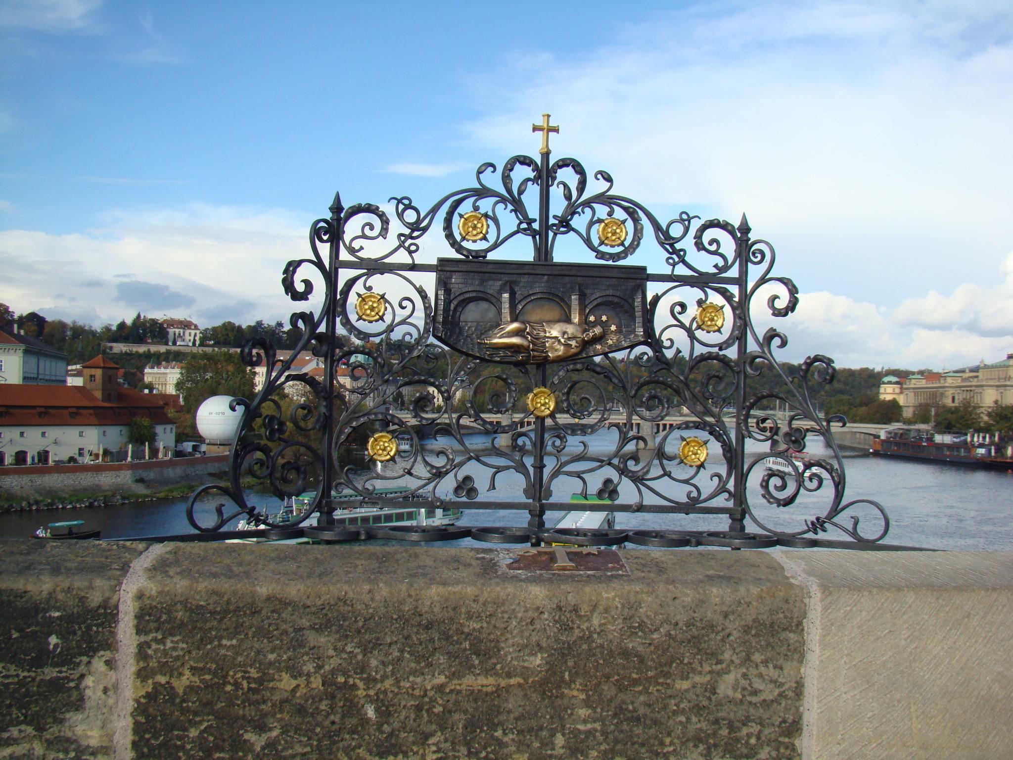 Puente de Carlos, como en la Edad Media