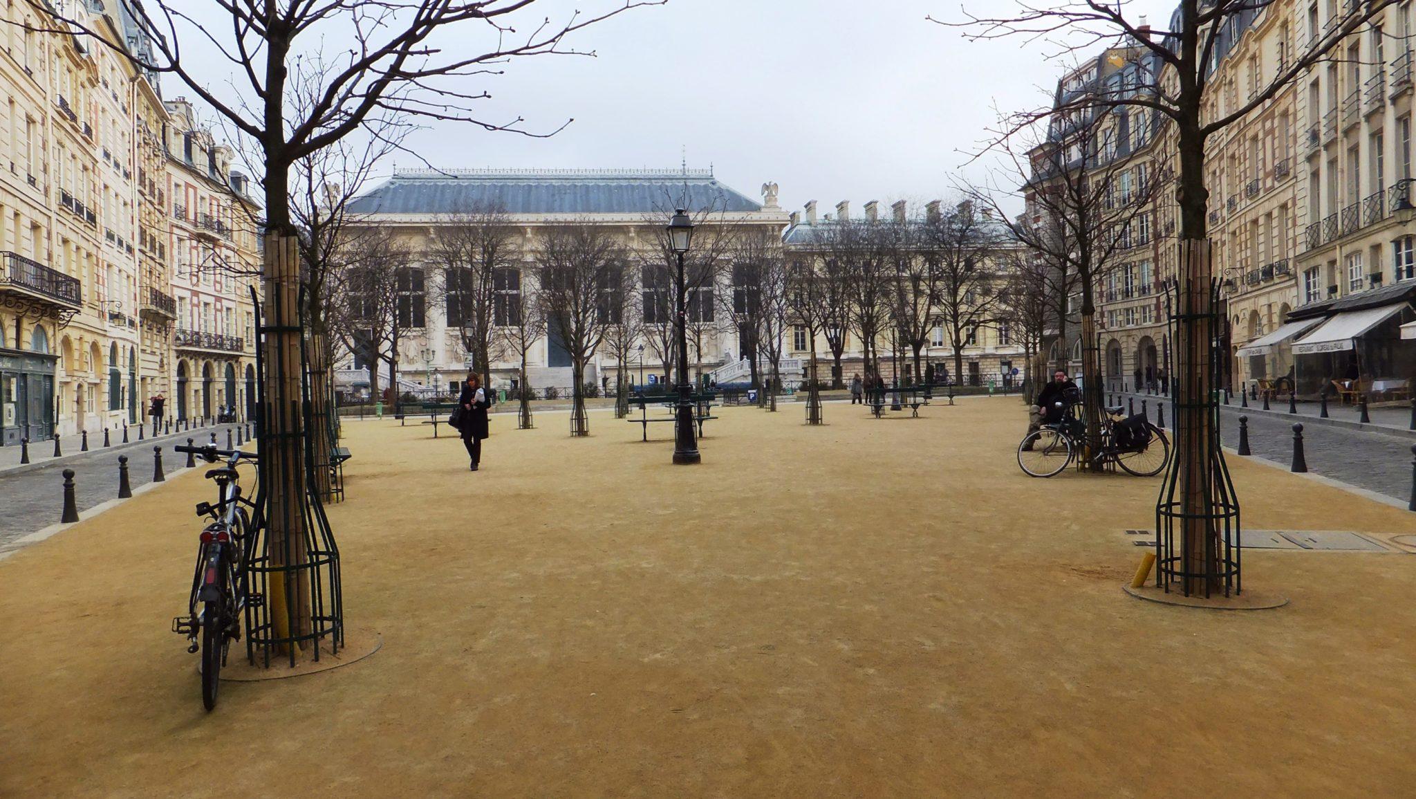 Square de la Place Dauphiné y los paisajes secretos de París