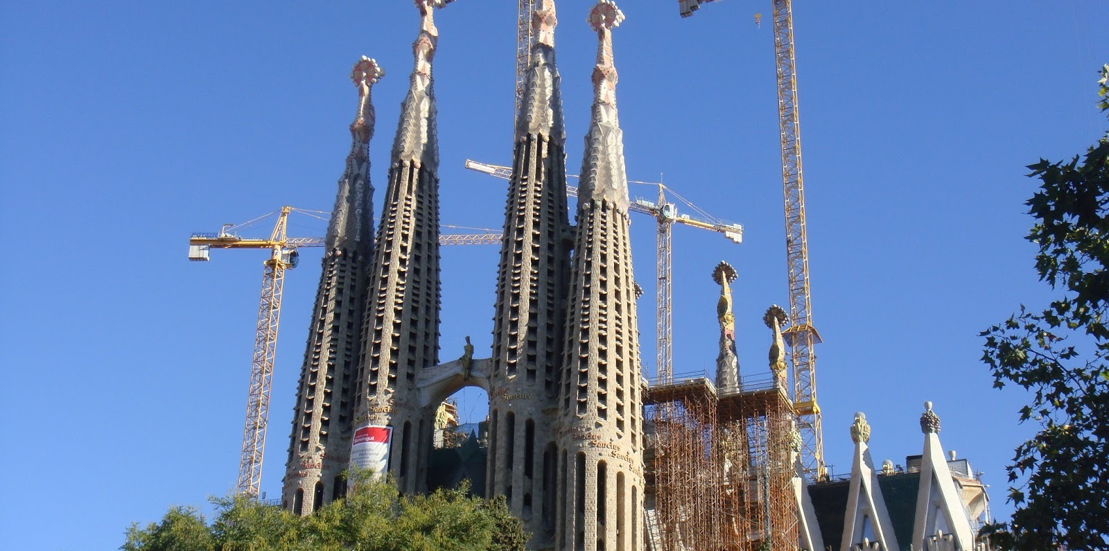 Lee más sobre el artículo Sagrada Familia de Barcelona, monumento singular