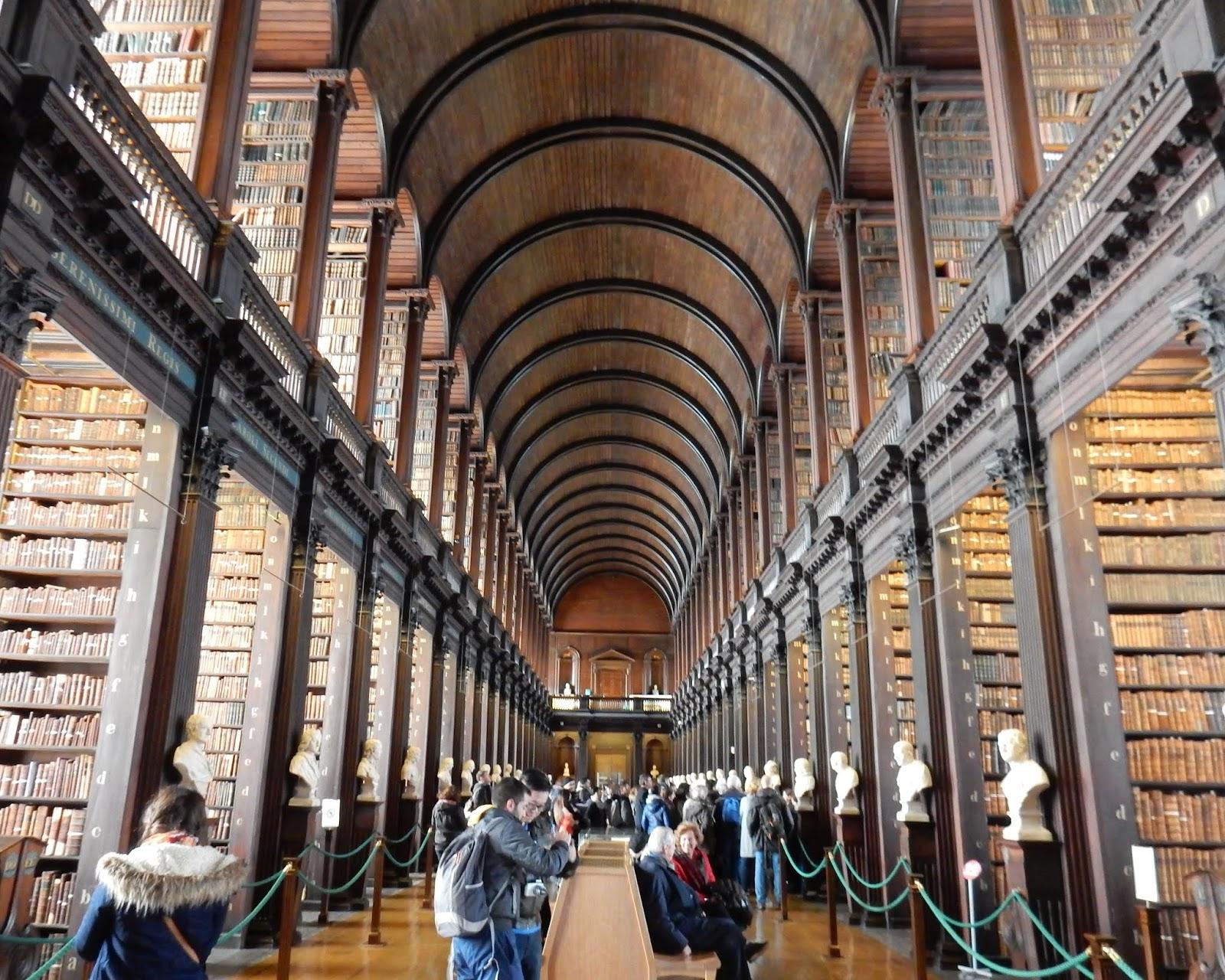 Biblioteca del Trinity College en Dublin