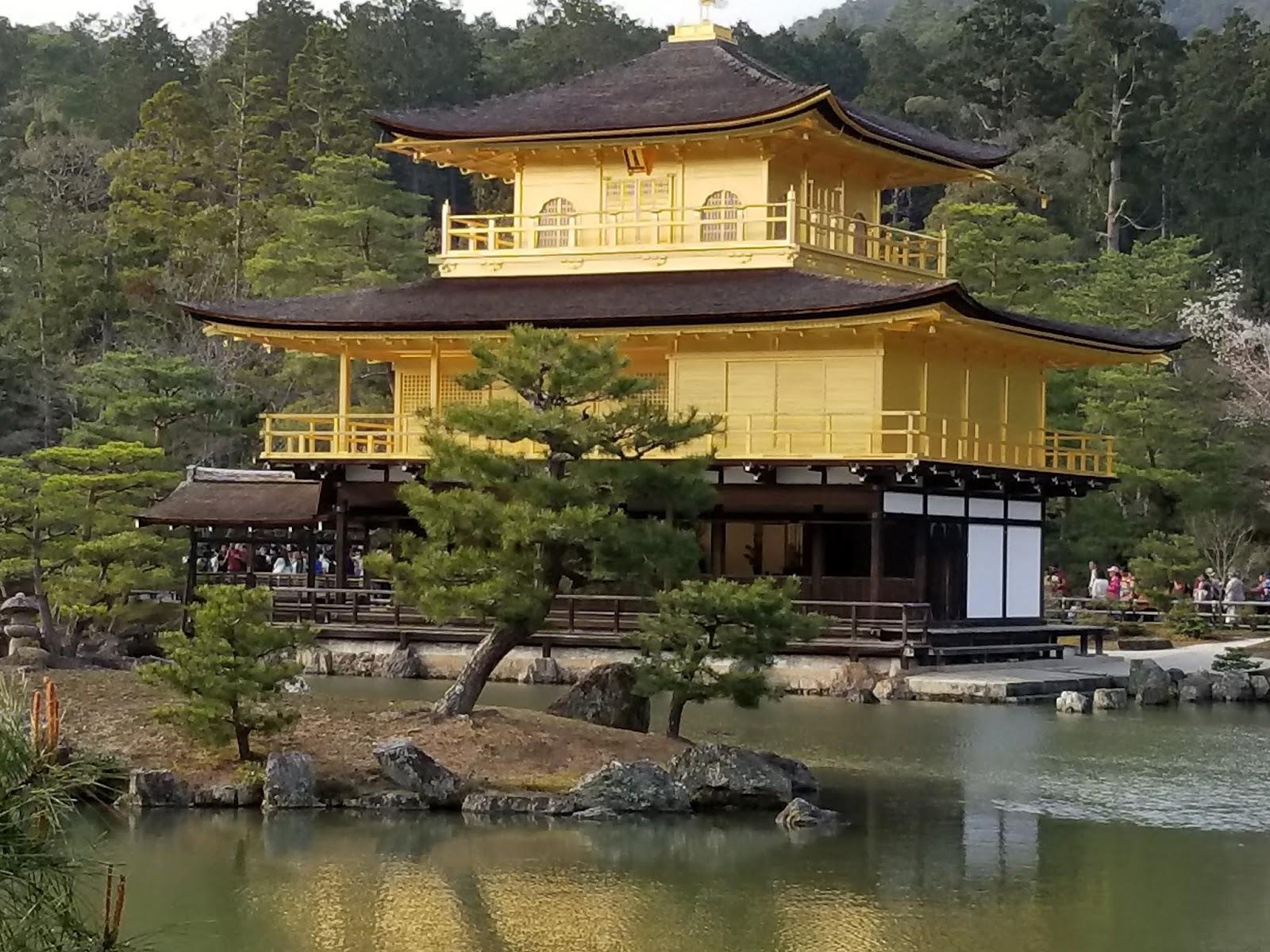 Templo Kinkakuji, pabellón de oro en Kyoto
