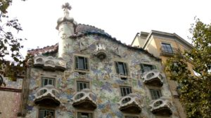 Casa Batlló, emblema del modernismo catalán