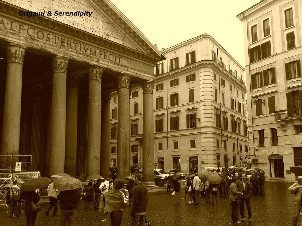 En este momento estás viendo Roma en sepia, llueve en la ciudad eterna