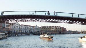 Ponte della Costituzione sobre el Canalazzo