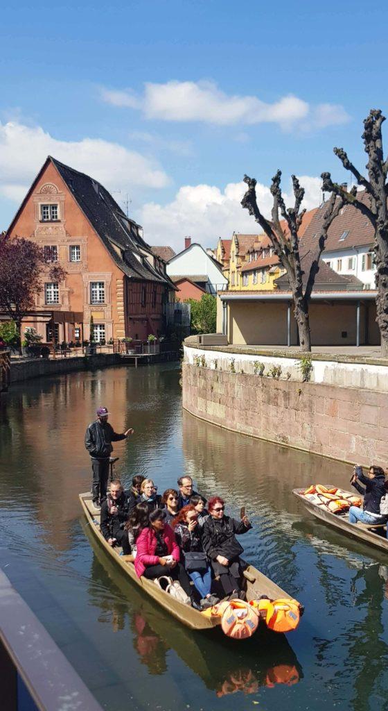 Canales de la Petite Venise, Pequeña Venecia, Colmar, Alsacia, Francia
