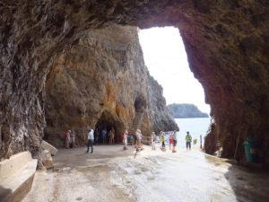 Lee más sobre el artículo Gruta esmeralda en la Costa Amalfitana