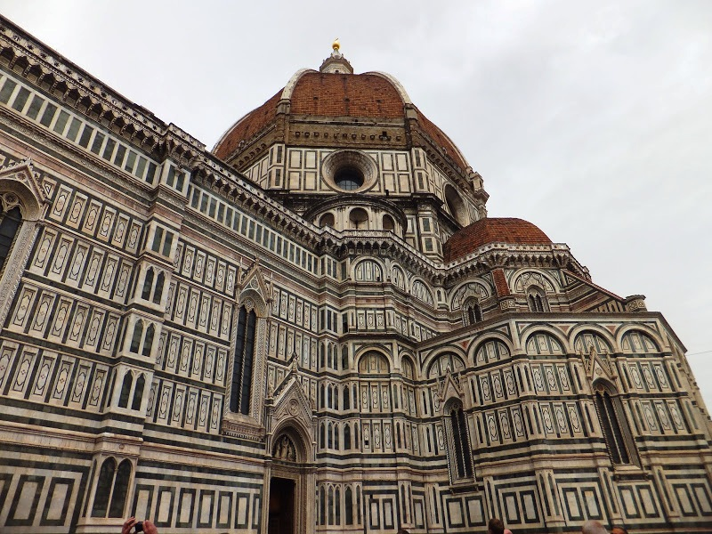 Lee más sobre el artículo Monumentos de Florencia: la catedral, el duomo y el campanile