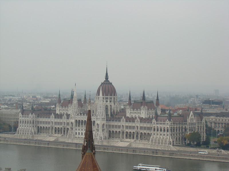 Elevarse para admirar el paisaje de Budapest