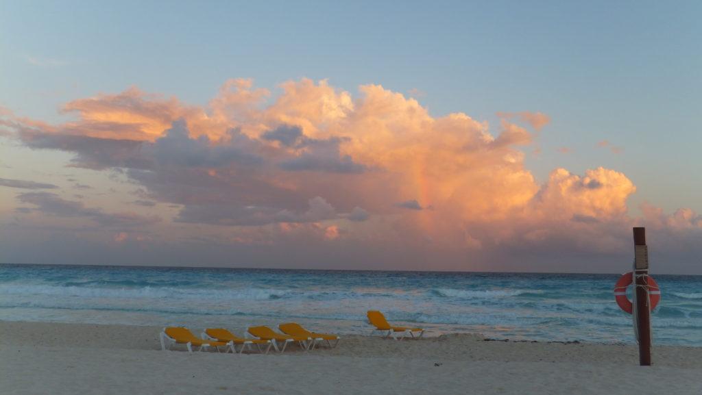 Crónicas de Viajes. Arco iris en la playa, Riviera Maya