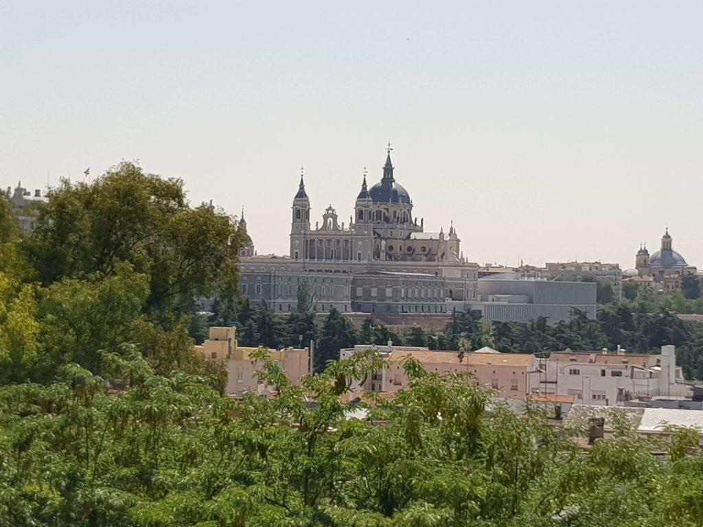 Un día en Madrid, Palacio Real, Madrid, Gran Vía, España