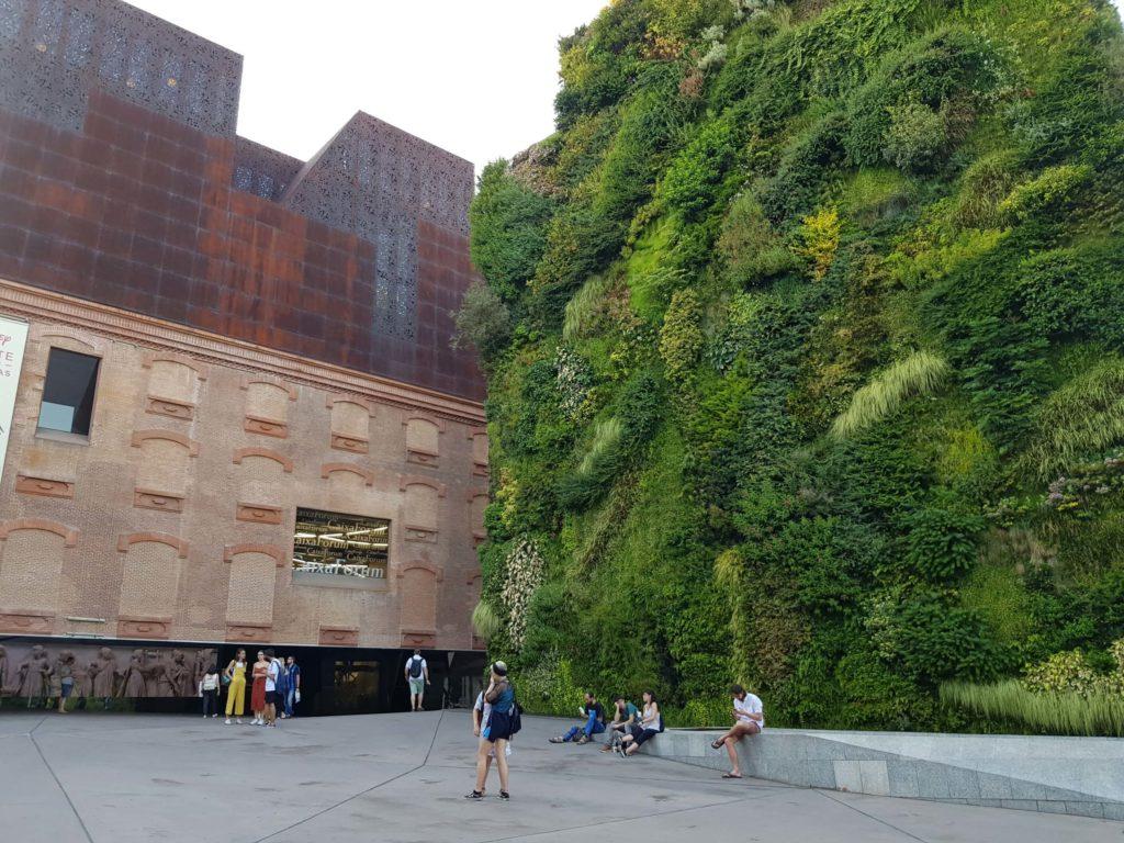 Muro Vegetal de la Caixa Forum, un día en Madrid