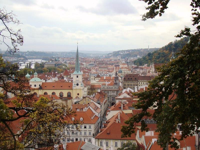 Praga desde el parque de la Colina de Petřín