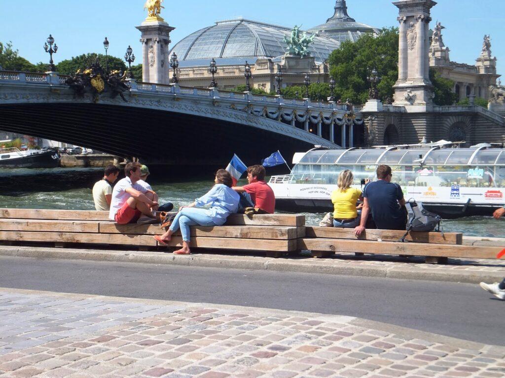 Circuitos menos conocidos de París, Berges de la Seine