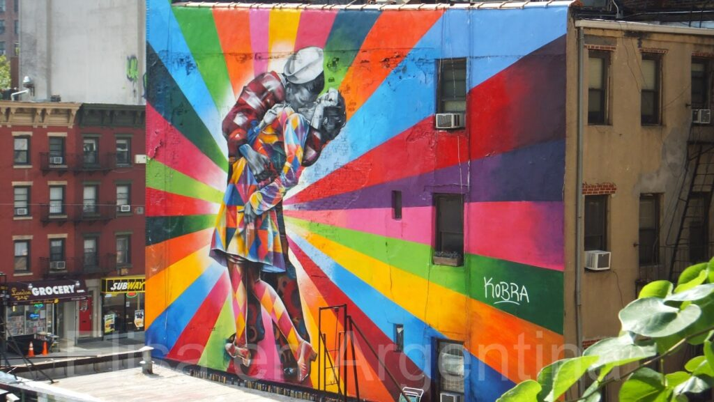 Kiss in Times Square, Kobra en New York