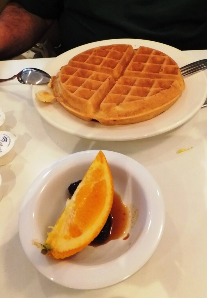 Lou Mitchells, waffles, Chicago