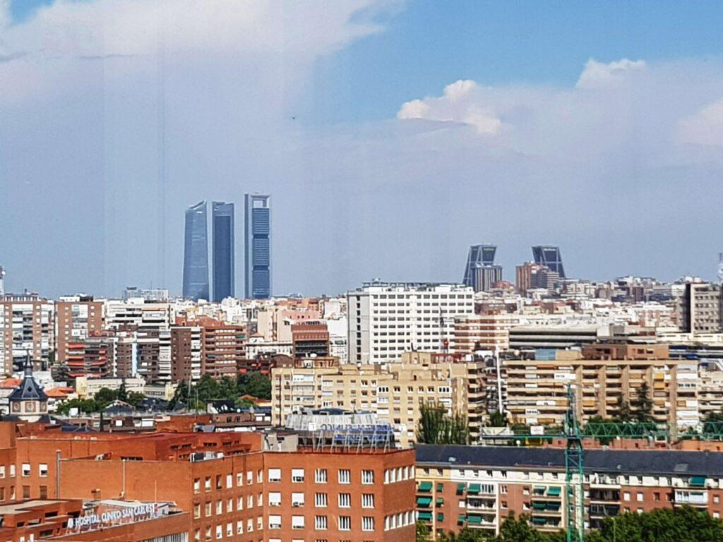 Las Cuatro Torres vistas desde el Faro de Moncloa, Madrid